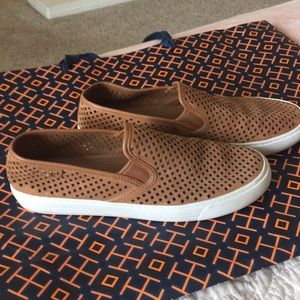 Like new authentic Tory Burch beautiful shoes
